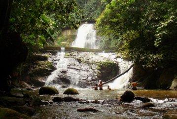 Lata Kekabu Waterfall, Lenggong, PERAK