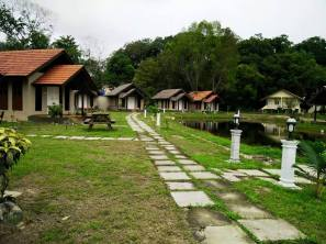Charming small chalets.