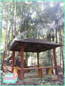 Rest hut.