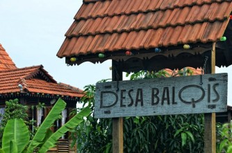 Sign to the resort.